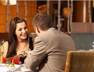 Пять фраз, которые хотят услышать женщины на первом свидании