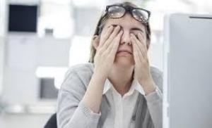 Женщина случайно узнала настоящую причину своего трудоустройства иуволилась