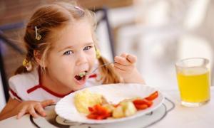 Как убедить покушать ребенка-малоежку