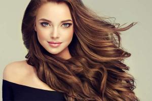 Три пищевые добавки, которые помогут восстановить сухие, поврежденные волосы
