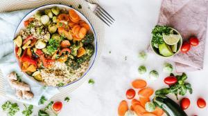 Здоровое растительное меню появится в столовых российских вузов