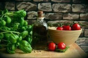 ТОП-7 продуктов, которые помогут пережить жару