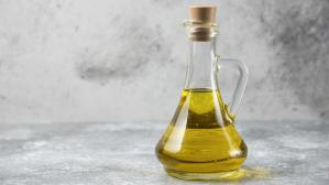 Россиянам предложили полезную альтернативу оливковому маслу