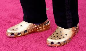 Бренд Crocs станет полностью веганским к концу 2021 года