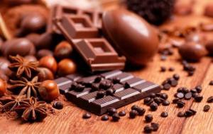 Стало известно, какой шоколад помогает похудеть
