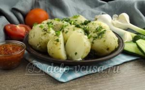 3 важных правила для ароматной молодой картошки с укропом и маслом