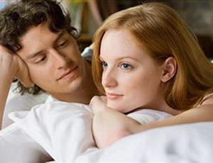 Почему лучше спать в разных кроватях