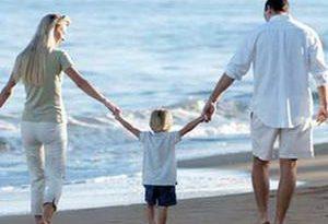 Ленивые родители делают детей счастливее, а брак крепче