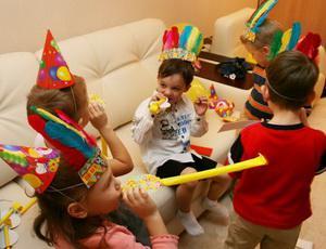 Как устроить ребену день рождения